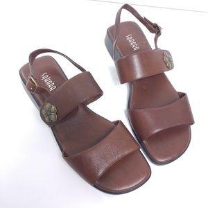 Sahara leather sandal size 9.5